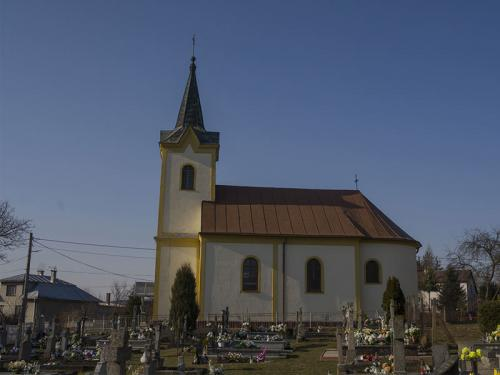 Kostol Tisinec